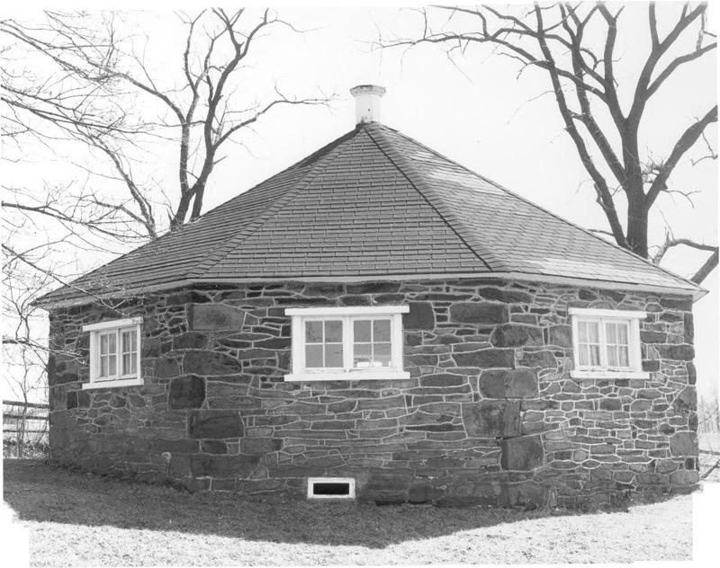 Octagon style 1850 1870 phmc pennsylvania for How to build an octagon house