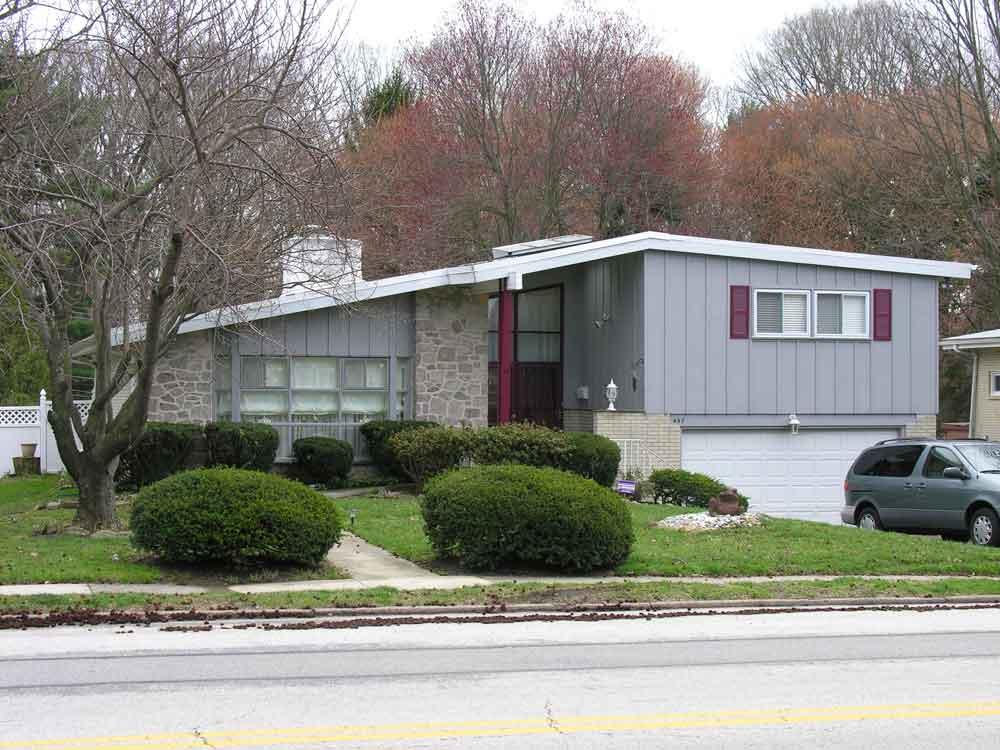 Split level phmc pennsylvania 39 s historic suburbs for How to level a house